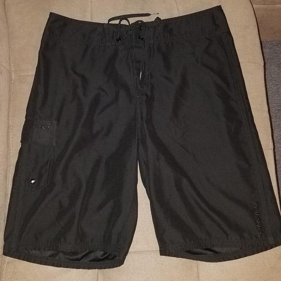 fdbef6bd6b NWOT O'Neill Board Shorts Black Cargo Pocket. M_5b568123409c15e6a3d6e1b1